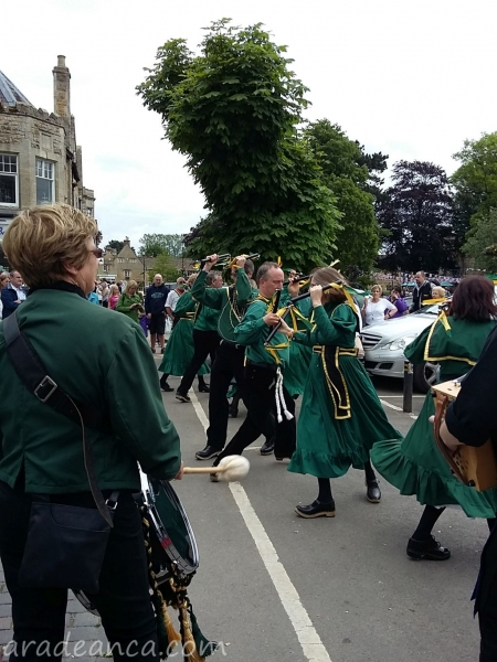 Bourton on thw water morris dance (4)