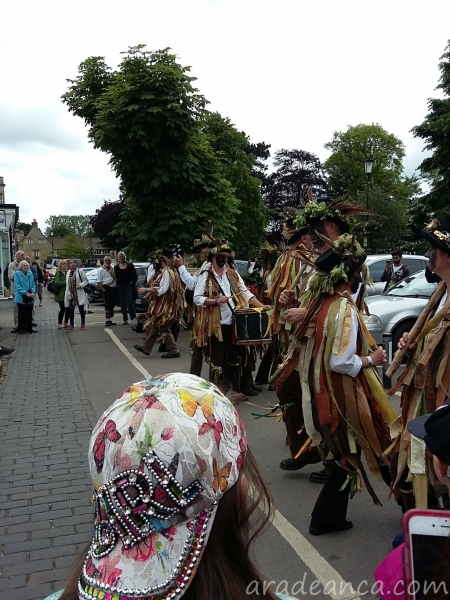 Bourton on thw water morris dance (6)