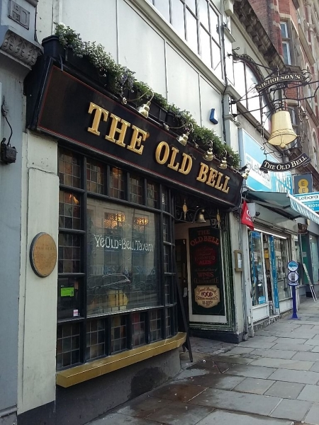 english pub the old bell